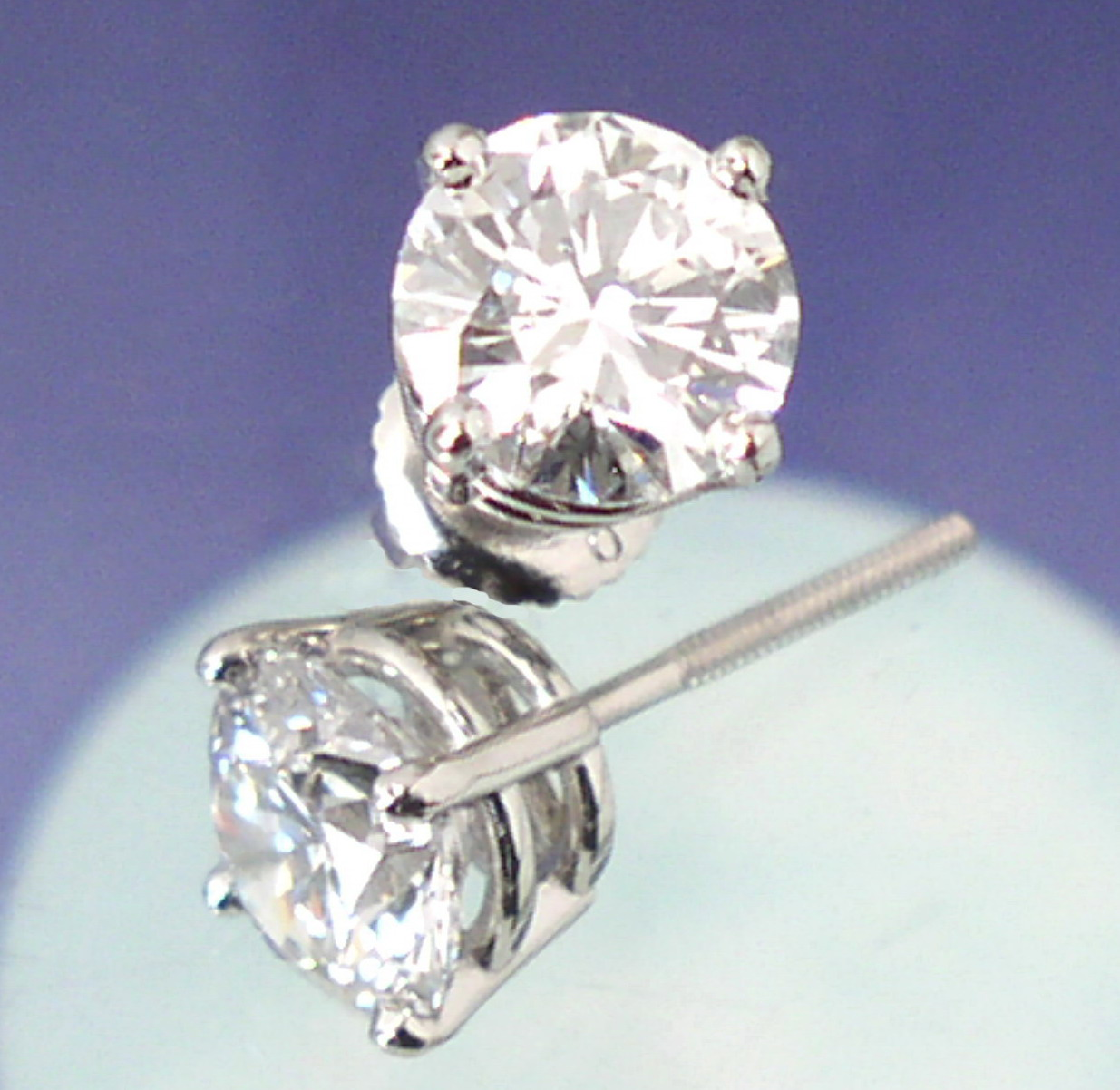 canada diamond earrings, canada diamond pendants, canada made diamond jewelery